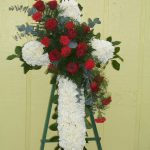 Cross in red and white 200.00